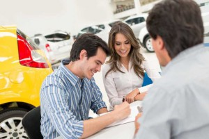 Couple-buying-a-car